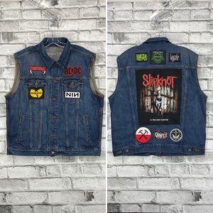 Mens Denim Cut Motorcycle Trucker Vest XL Metal Rock Band Music Patches Gap OOAK